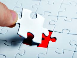 User operations officer from London trades ancient history for Dropbox