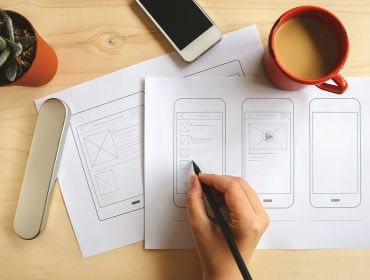 Expert tips on how to get a job in UX or UI