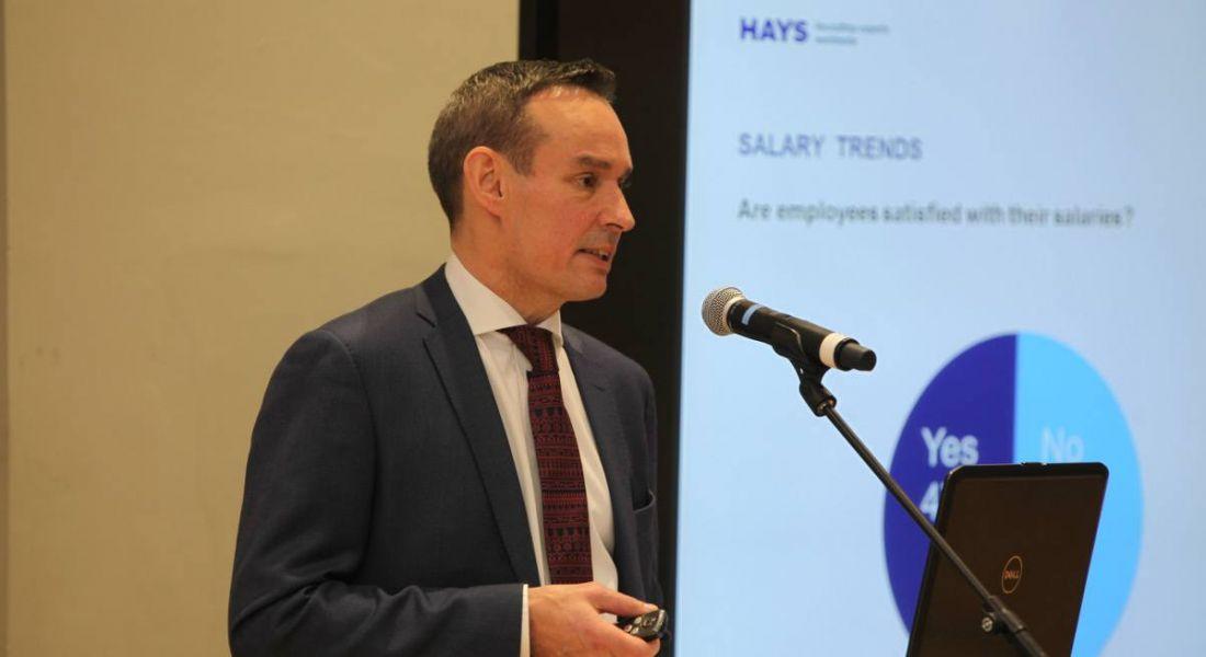Hays Salary Guide 2017