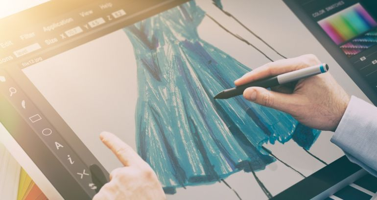 5 amazing jobs that combine fashion and technology
