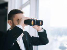 Seeking and hiding in tech recruitment