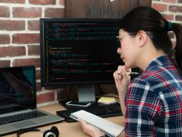 Girls that code could help fix skills shortage bugging tech