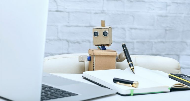 10 people to follow if you want a career in AI