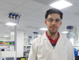 From fossils to pharma: How a palaeontologist returned to the lab