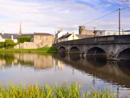 200 new jobs as medical-device player Nypro locates in Waterford