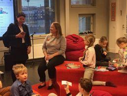 Schoolkids on Inis Mór get their first digital schoolbags