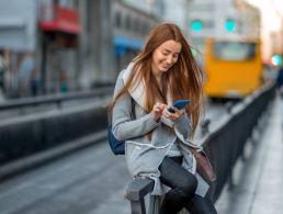 Digital distractions hindering productivity, survey shows