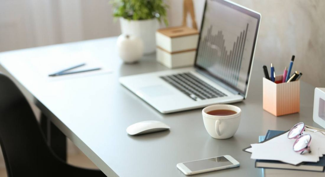 These easy office desk hacks will transform your workspace