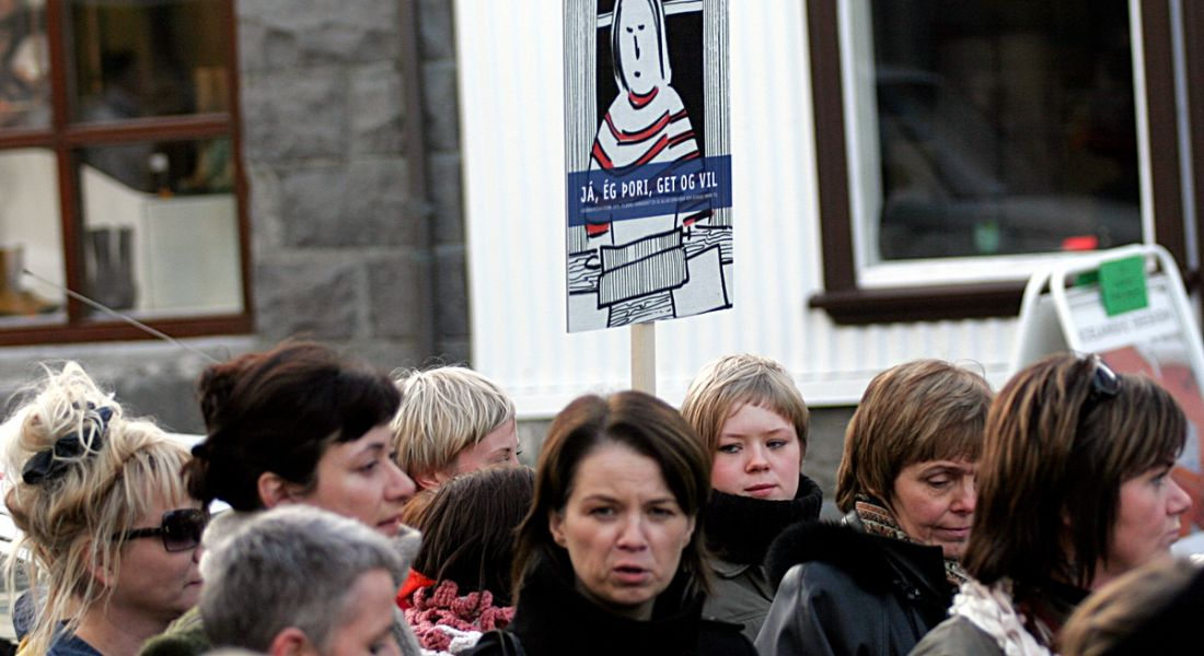 Protests in Iceland calling for more rights for women. Image: Petur Asgeirsson