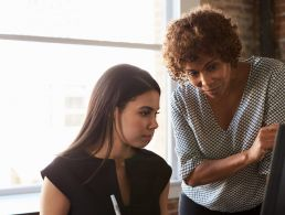 Women see work-life balance more important to success than money (infographic)