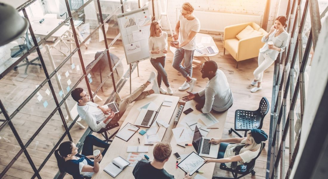How a bad communications strategy at work affects employees