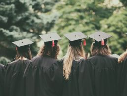10 pieces of advice from science graduates