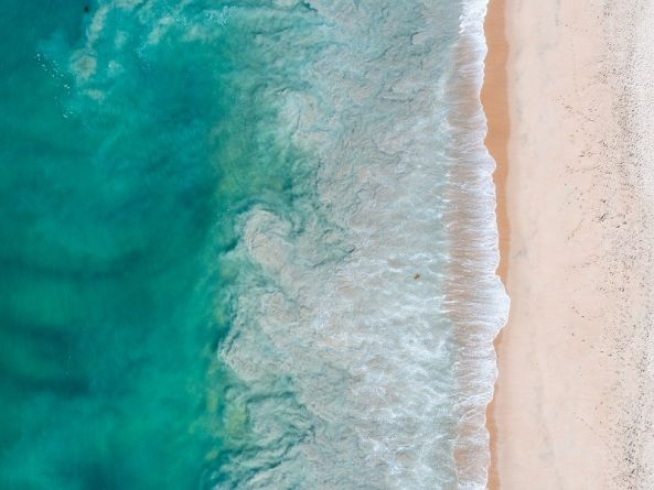 Climate change will dramatically alter colour of Earth's oceans