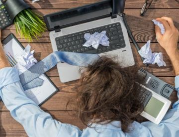 10 ways you can stop yourself from overworking at home