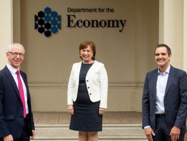AquaQ Analytics creates more than 120 new jobs in Belfast