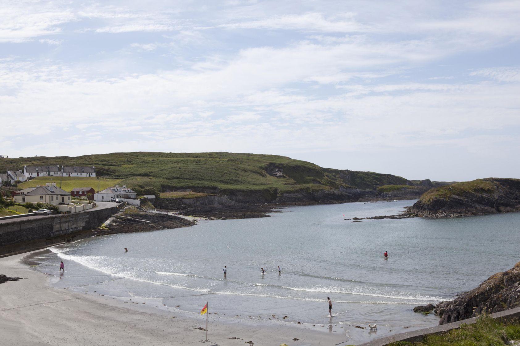 Tragumna beach: bathers advised not to swim until further notice