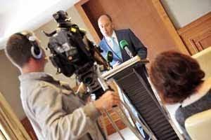 Cllr Alan Coleman announcing his resignation