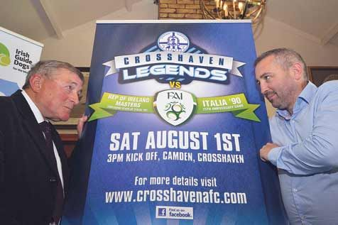 Ready for battle: Crosshaven Legends manager Bobby Tambling squares up to David Hall of the FAI Masters during the launch of the Crosshaven Legends v FAI Republic of Ireland Masters soccer match.