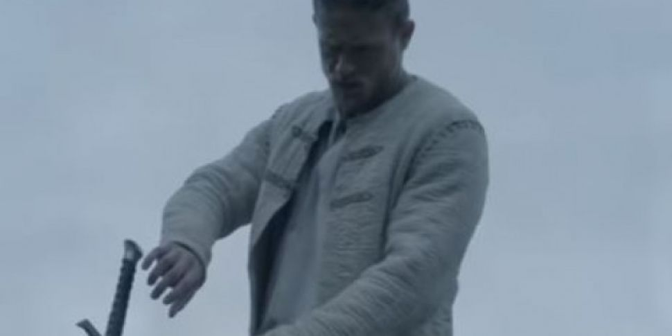 TRAILER: King Arthur - Legend...