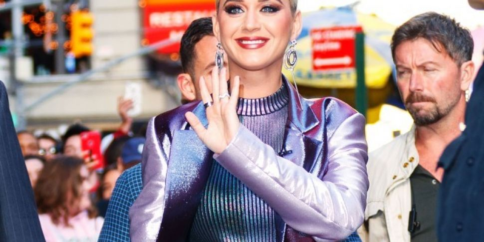 Katy Perry Shades Taylor Swift On American Idol Spin1038