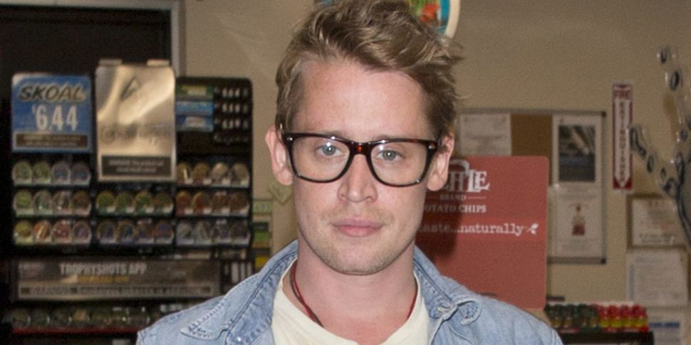 Macaulay Culkin Reprises His R...