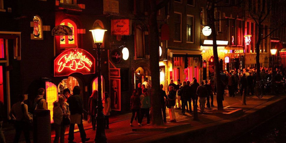 Amsterdam To Ban Tours Of Red...