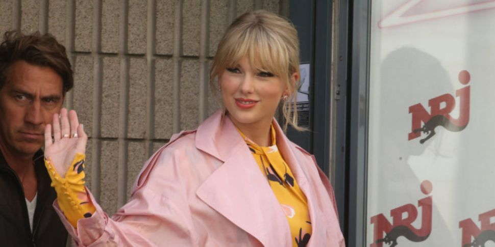 Fans Speculate Taylor Swift Is...