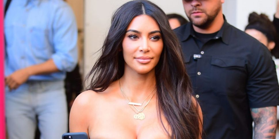 Kim Kardashian Says Kourtney W...
