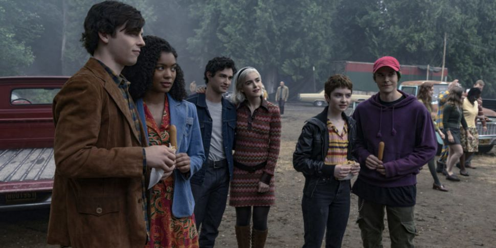 WATCH: Netflix Release First F...