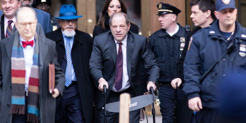 Harvey Weinstein Tests Positiv...