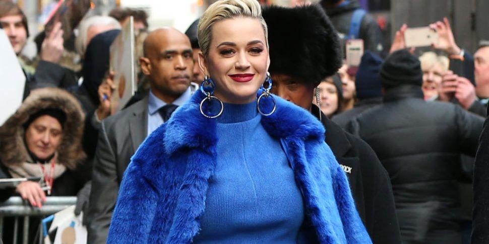 Katy Perry Admits She Often Lo...