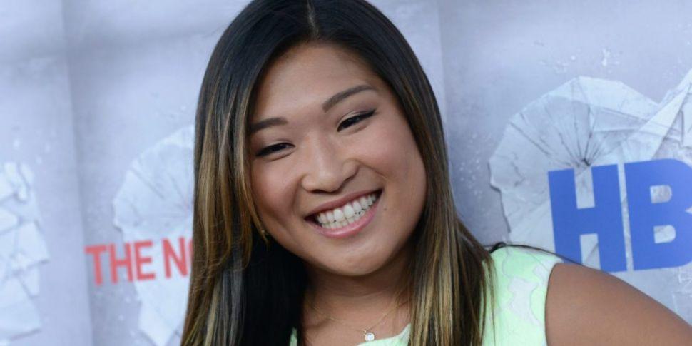 Glee's Jenna Ushkowitz Announc...