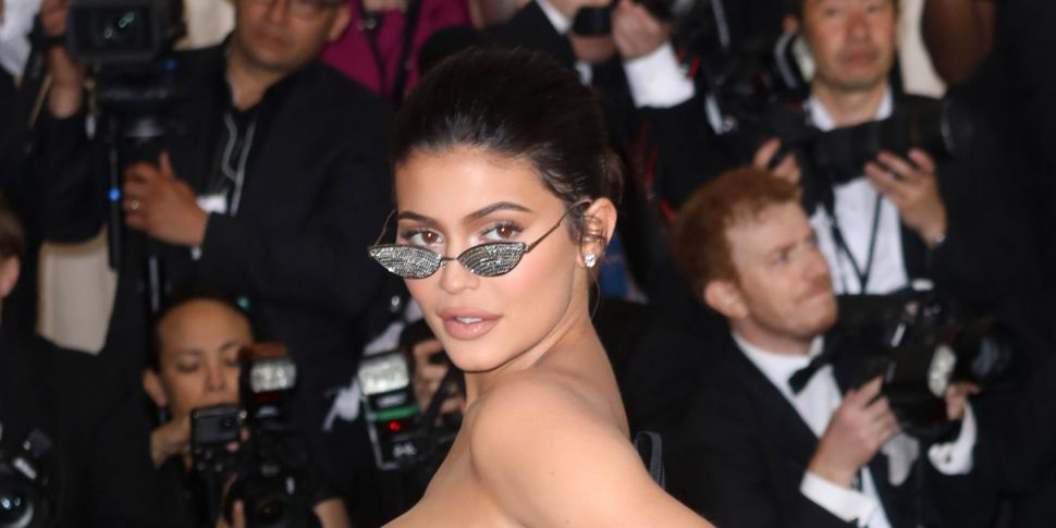 Kylie Jenner Hits Back At Thos...