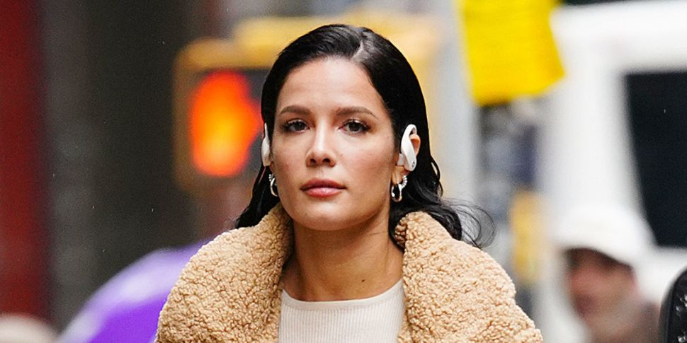 Halsey Hits Back & Insists Her...