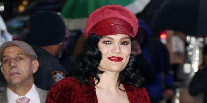 Jessie J Opens Up About Her Infertility At London Conce...