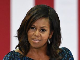 Michelle Obama Talks About Her Daughters Heavily Guarded Prom On Ellen