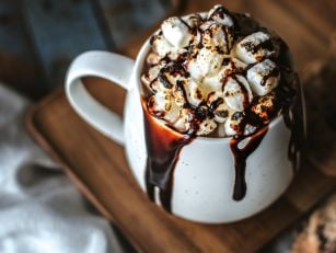 5 Hot Chocolate Recipes To Kee...
