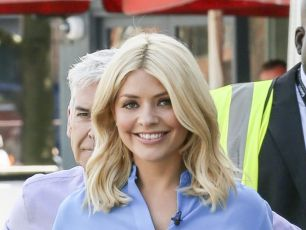 Holly Willoughby Was Close To Tears As She Reunited With 'This Morning' Colleague
