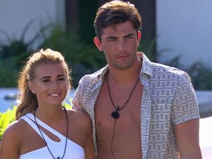 Awkward Footage Of Jack And Dani Emerges In Love Island Christmas Reunion Teaser