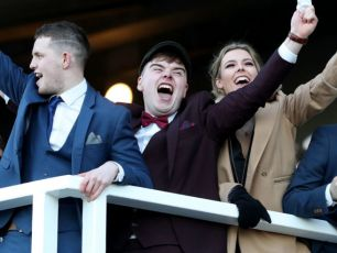WIN: Tickets To Leopardstown Christmas Festival Day 1 For You & 3 Friends.