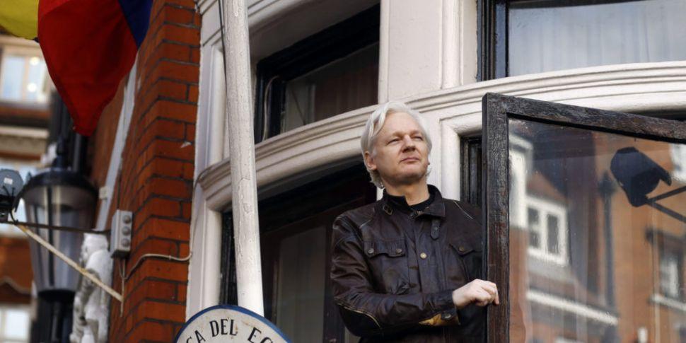 Julian Assange Arrested In Lon...