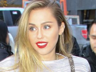 Miley Cyrus Slams Rumours She'...