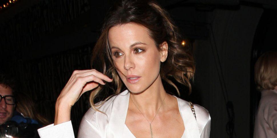 Kate Beckinsale dating listeChristian lesbisk dating tjeneste
