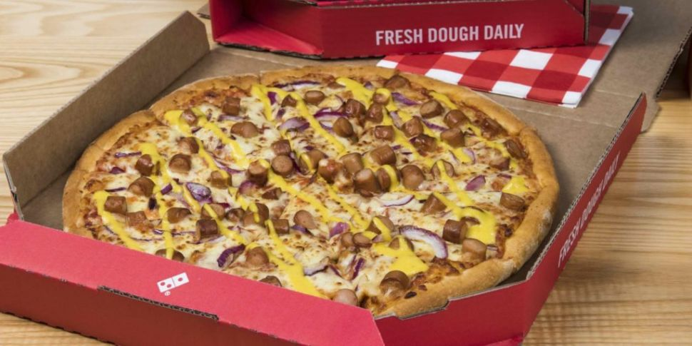Is Dominos Open On Christmas.Domino S Add New York Hot Dog Pizza To The Menu Spin1038