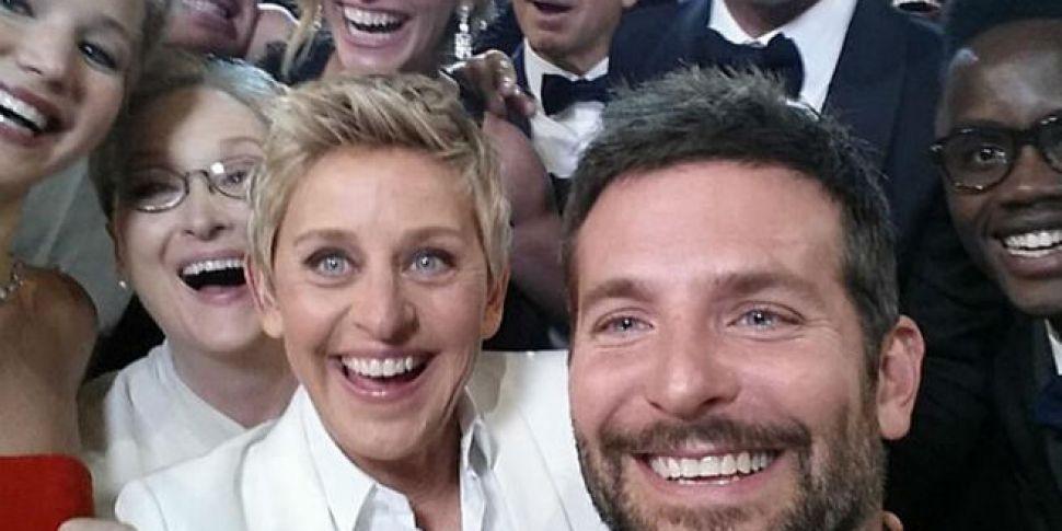 Dublin Attempts Worlds Biggest Selfie Spin1038