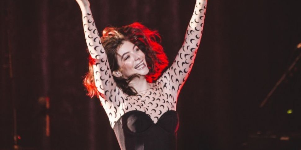 Lorde Celebrates Birthday By Setting Up Fan Treasure Hunt For Tickets