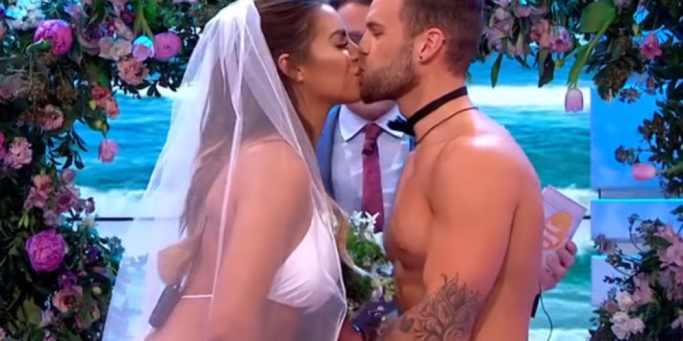 Love Island's Jess And Dom Got Married On TV Today