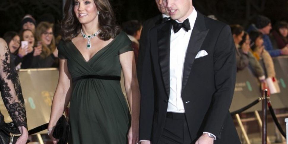 Allison Janney Defends Kate Middleton's BAFTA Dress