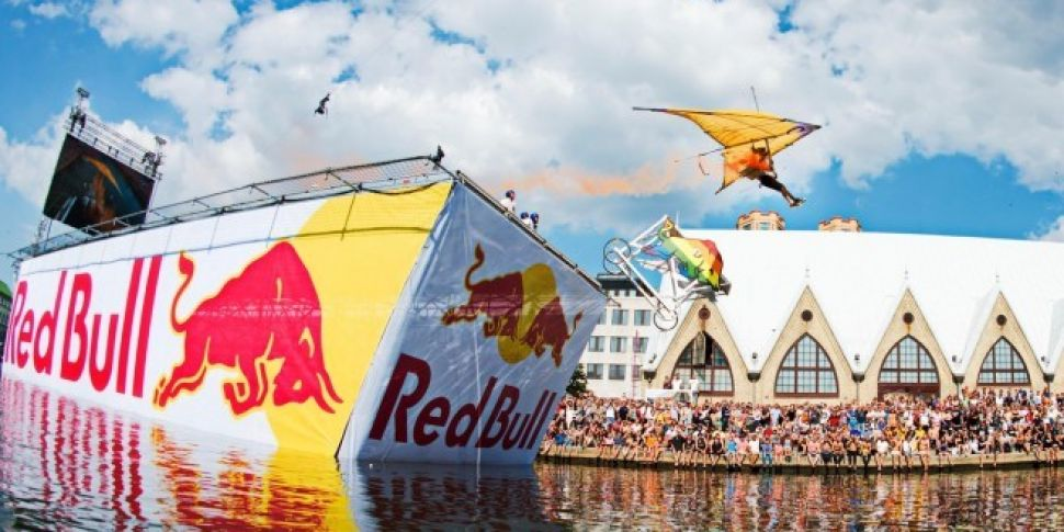 Who will be Fully Charged's FlugTag Pilot?