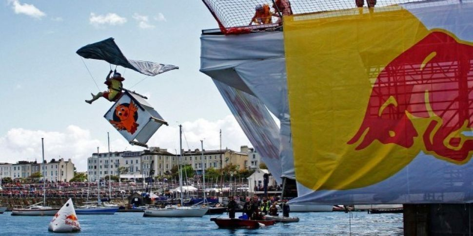 Red Bull Flugtag - Fully Charg...